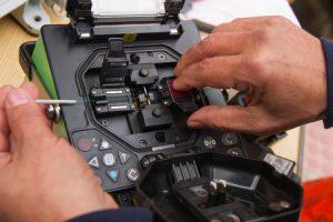 Splicing Fiber Optic Cables